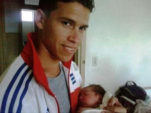 No todo fue malo, sin embargo. El pasado 7 de marzo, también en el Hospital Naval, nació Christian Alejandro, mi sobrino nieto por parte de mi hijo sobrino Jordano Javier.
