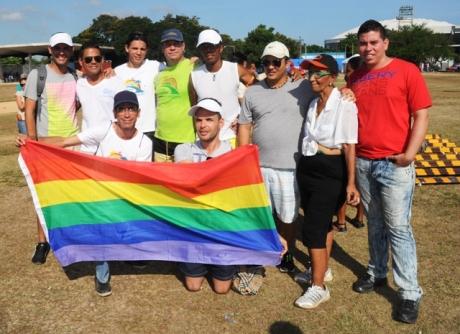 Parte de nuestro grupo HxD en el Primer Festival Deportivo contra la Homofobia.