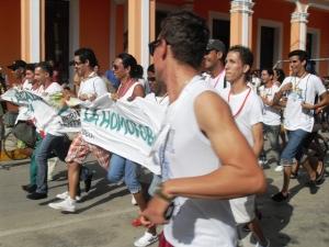 La carrera popular por el respeto a la diversidad sexual también tuvo lugar el jueves 16 por la mañana en Ciego de Ávila, y la ganó Malú, activista transexual del CENESEX.