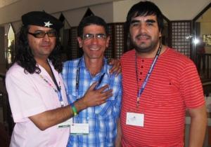 Con Víctor Hugo y Darío Arias, joven activista argentino de quien también aprendí mucho durante la VI Conferencia Regional de ILGALAC.