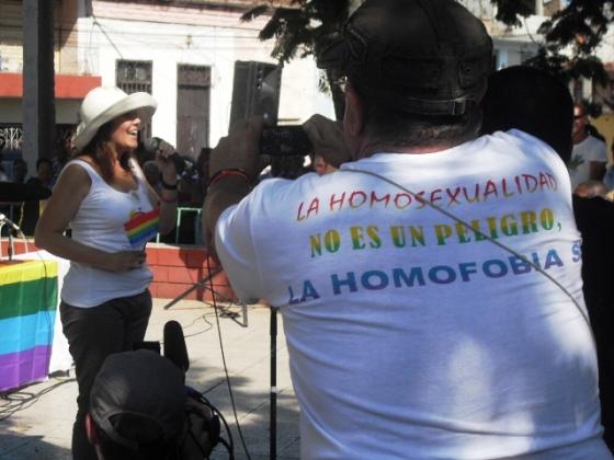 homosexualidad no es un peligro, la homofobia sí