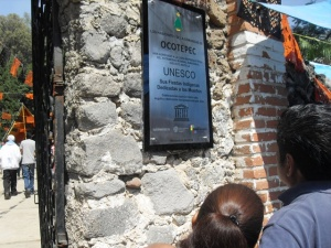 La placa que informa sobre el reconocimiento de la Unesco con fecha de noviembre de 2014.