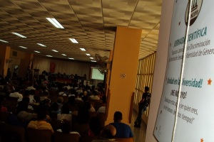 Más de 300 participantes colmaron la sala Alfredo López