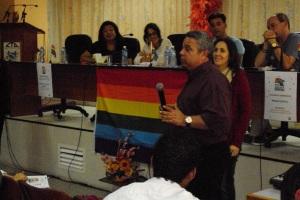 Ulises Guilarte estuvo prácticamente durante toda la jornada y minutos antes de que concluyera el encuentro hizo el anuncio de la participación de los sindicatos en la Conga contra la Homofobia.