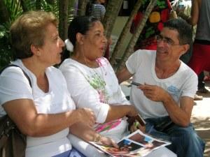 Machín y Charliery son activistas lesbianas del grupo Oremi