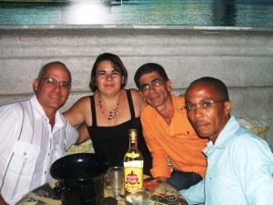 Tres escorpiones y un capricornio celebramos en el Delirio Habanero...