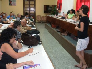 En el salón rojo del gobierno de Matanzas nos reunimos cuatro integrantes del Comité Organizador nacional con las personas e instituciones involucradas en la provincia.